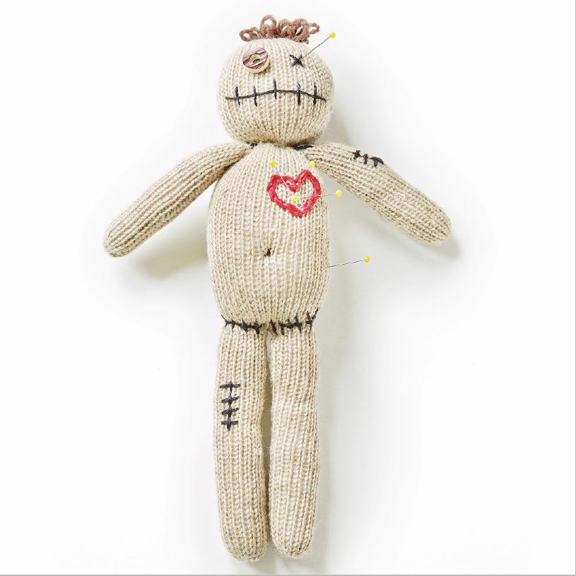 Handgestrickte Voodoo Puppe von Anne-Catherine Lüke